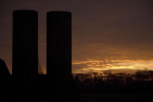 Barn Sunrise 12.7.09_120709_7985