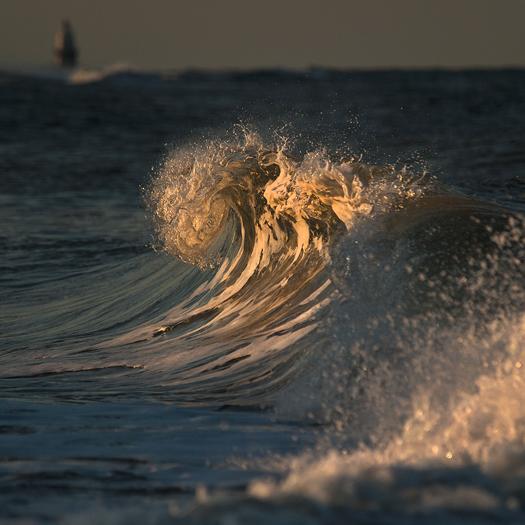Waves . Kalmar Nyckel 8.25.2013_9982