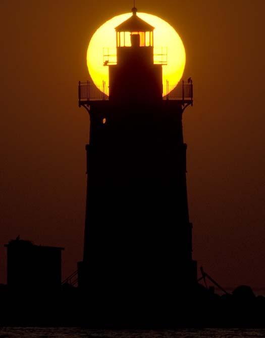 ghost-crab-lighthouse-7-2-2008_070208_5204.jpg