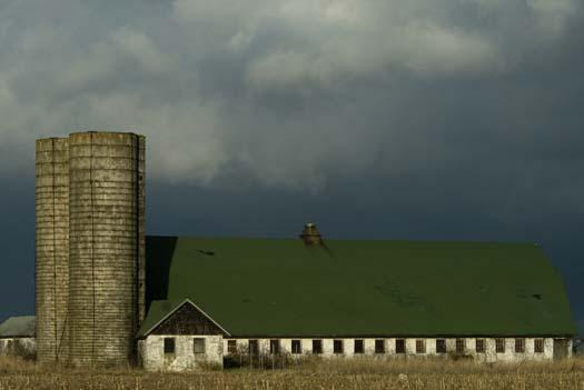 lewes-barn-nice-light-1-11-2008_5124copy1.jpg