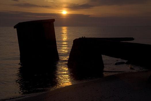 sunrise-fowler-tower-4-10-2009_041009_7481